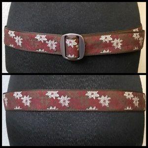 CABELA'S Womens Brown Floral Cinch Belt